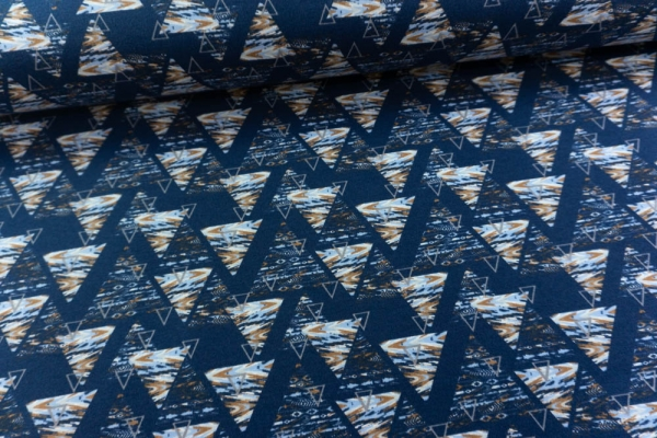 Sweat unangeraut Triangle Swish navy Ökotex 100