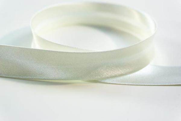 Satin Schrägband 18mm breit vorgefalzt ecru Ökotex 100