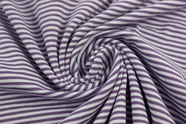 Baby Stripes Jersey lila-flieder ca. 0,2 cm Öko Tex 100